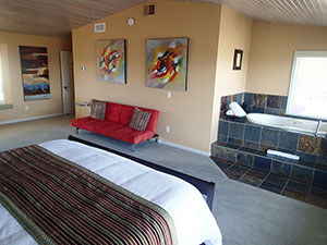 A View of the Lake Bed & Breakfast in West Kelowna offers 4 beautifully appointed guest rooms.